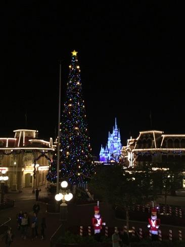 Main St Disney